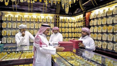 迪拜黄金世界闻名,却很少见中国人买,知道隐情后令人大呼怪不得!