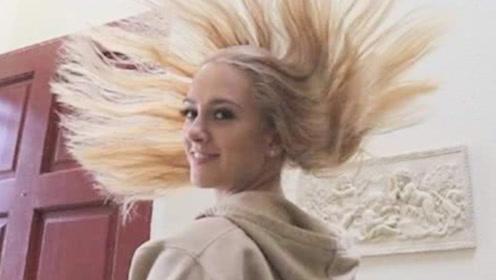 """美女作死挑战喷100层发胶,做出的发型引领""""潮流"""",画面简直太美!"""