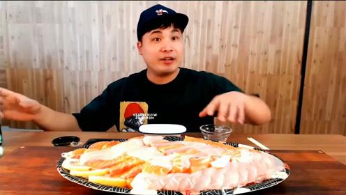 动手吃美食:吃美味生鱼片拼盘