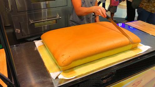 世界上最细腻柔软的蛋糕,一刀切下去,口水都要流出来了!