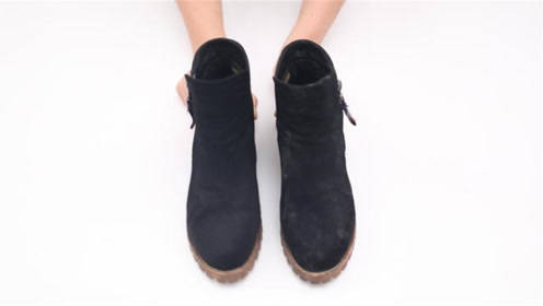 原来清理绒面鞋这么简单,不用水洗不用晒,每天都能穿新鞋,真棒