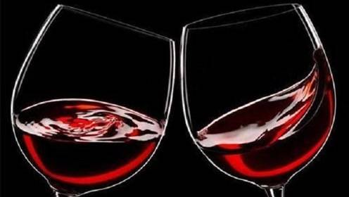 红酒放多久算过期?过期红酒还能喝吗?品酒师:给出清楚的答案