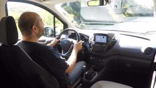 试驾2020全新福特商务车Tourneo,插上钥匙开上路我放弃了奥德赛