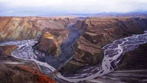 西伯利亚出现黑色河流,还在不断涌进北冰洋,气候学家极为担忧