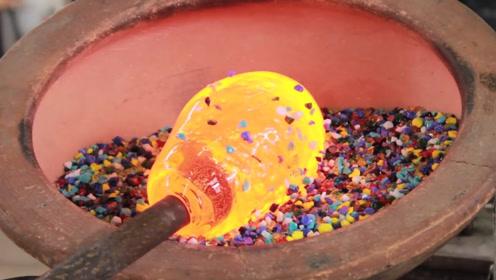 普通的沙子可以做玻璃吗?老外将沙子加热到2000℃,效果非常明显
