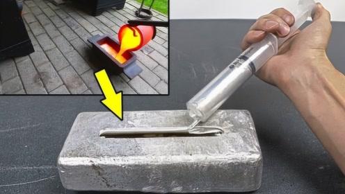 当镓遇到铝会发生什么反应?老外亲自将镓倒在铝锭上,一起来见识下
