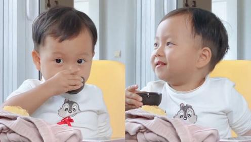 超级可爱的小朋友,这届孟婆汤质量不行啊,怕是兑水了!