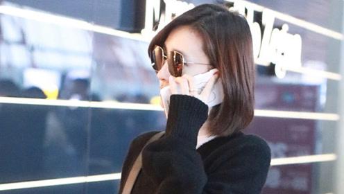 王丽坤被曝领证后戴黑超现身 昂首阔步左手戒指瞩目
