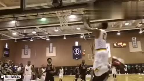 10号篮球队员一身的假动作,比欧文还要多!