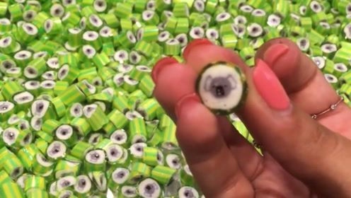 小时候喜欢吃的各种糖果是怎么制作的?这糖果还真是可爱