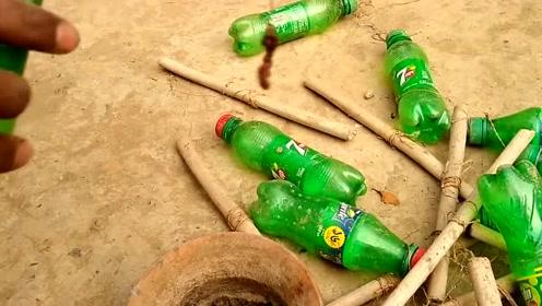 柬埔寨捕鱼方式,使用饮料瓶钓鱼陷阱,你也可以试试!