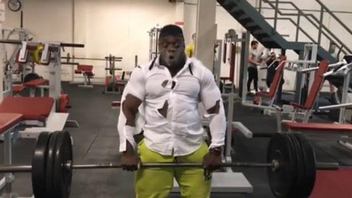 """健美界""""氮泵哥"""",明明可以靠肌肉吃饭,却选择靠演技走红"""