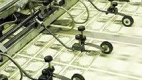 """事情有新进展!美超千亿美债或正抛售,""""印钞""""也无法解决问题"""