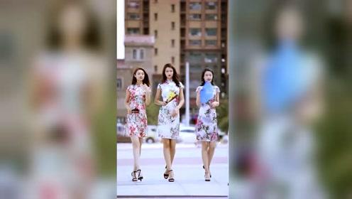 穿上旗袍的美女就是女人味十足,要是选一个做媳妇的话该怎么选?