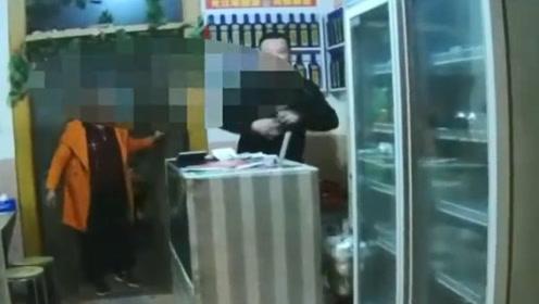 把段子当真!男子酒驾被查出歪招  停车直奔小饭馆抢白酒喝