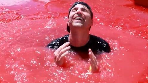 老外自制果冻泳池,颜色鲜艳可人,跳进去才明白多过瘾