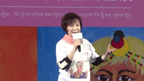 开心奶奶蔡明助阵公益 邀请杨坤进军影视圈