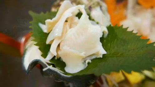 把超大海蜗牛做成料理,胃里翻江倒海的,原来日本人是这样吃海鲜