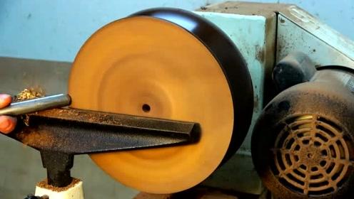用机床加工一只容器,成品惊艳十足,简直就是艺术品