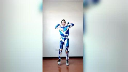 杨丽萍肩部保健操,轻松缓解肩部酸疼