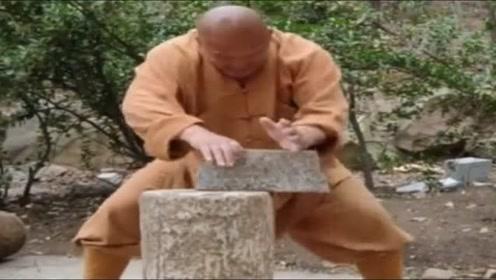 真正的少林高手,铁砂掌练到这种程度,没个五六十年是不行!