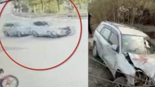 男子怀疑妻子出轨 开车追撞插足者 致路人3死1重伤!