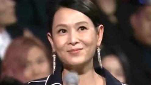 49岁刘若英低调现身,头发稀疏露头皮,女神也难逃秃头危机?