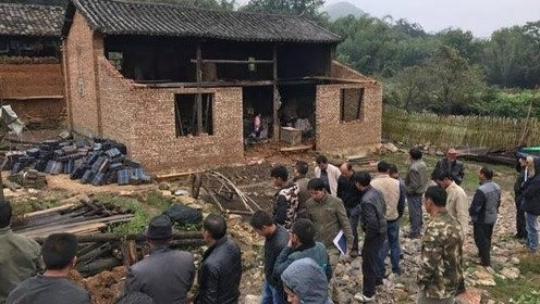 19年开始,国家将禁止翻修老房子,也不让农民自建房?咋回事?