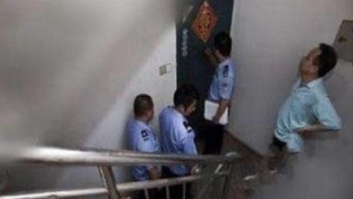 楼上住户每天冲几十次马桶,男子感觉蹊跷偷偷报警,打开门后傻眼了