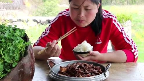 猪身上这个地方最好吃,胖妹吃猪20年得到经验,吃不腻的味道!
