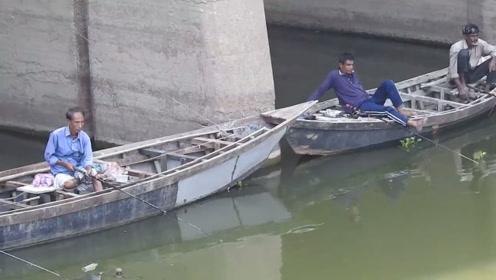 天下钓友都一样吗,只要能钓到鱼,都会是这般情景