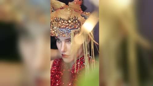 天使们穿上了最好看的中国红!你中意哪个小姐姐!