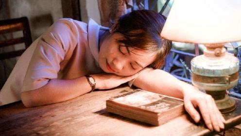 为什么大多数人在睡觉时,身体会突然一抖?科学家说出答案