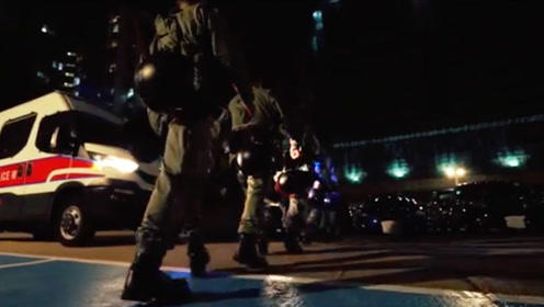 这是一首内地同行支持香港警队的歌曲!港警,我们撑你!