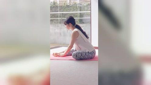 孕妇瑜伽:伸展臀部和腿部、预防或缓解腰疼的瑜伽