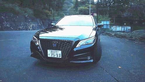 试驾2020款丰田皇冠,开车上路的那刻,才知道视野有多宽阔