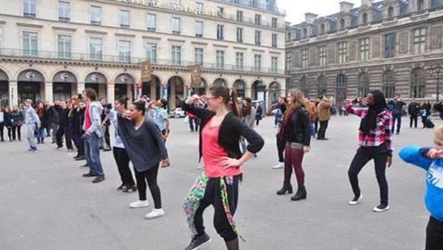 被华人带偏的美国城市,华人市长连任12年,带着美国人跳广场舞