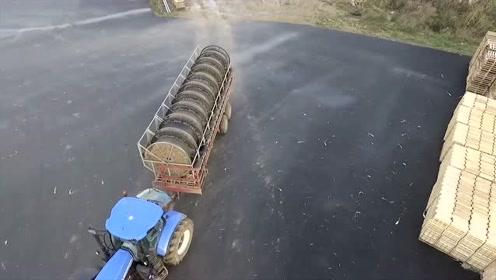农民小伙花80万买的大葱收割机,有多先进?带你来看看