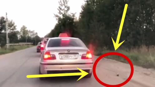 最美出租车司机!乘客车窗抛物,司机一怒之下将其丢出车外!