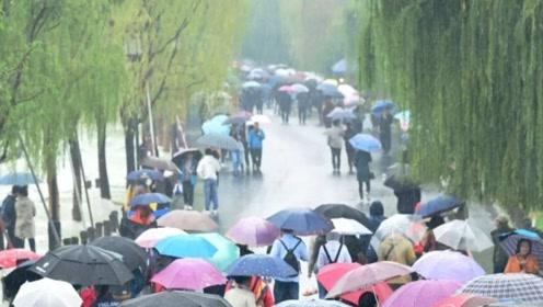 九成国土大降温,干旱区也迎来喜雨,说好的暖冬不算数了?