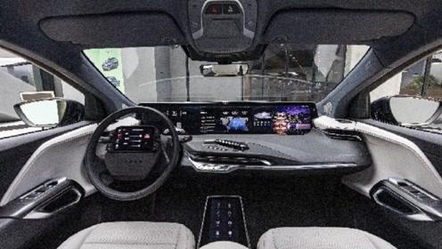 把电视搬进车厢是什么感觉,拜腾量产车终于见面了