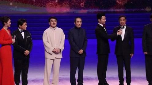 """金鸡节开幕:金鸡奖将""""一年一办"""" 千玺王俊凯朱一龙仨顶流同台"""