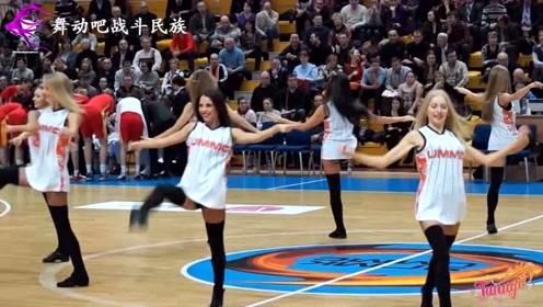 """号称""""小火箭""""的俄罗斯啦啦队,这现场表演看一次就值了"""