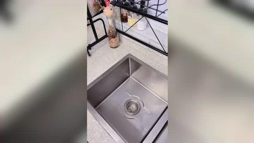 这个玩意放水槽边上太方便了,沥水性超好