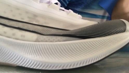 球鞋分享:Nike zoom fly3的悲剧!天生爱跑步,跑鞋毁一生
