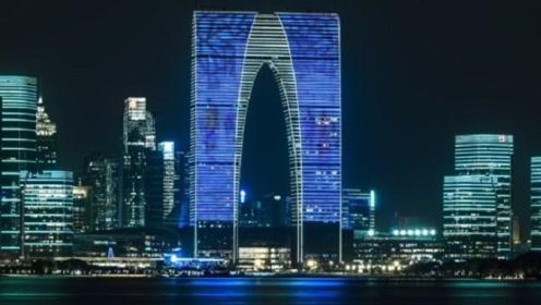 中国又一奇葩建筑:东方之门似低腰秋裤,网友:大裤衩将不再寂寞