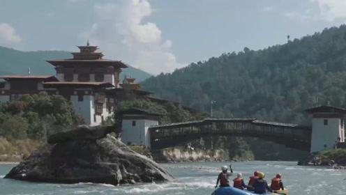 """""""亚洲最穷""""的国家不丹,物价到底是怎样的呢,十元人民币能买些啥呢"""