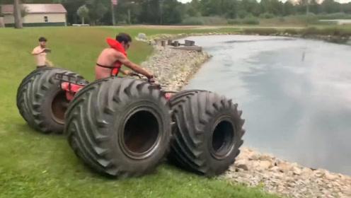 小哥给沙滩车换上巨型轮胎,一脚油门冲下水,惊喜的一幕刚刚开始