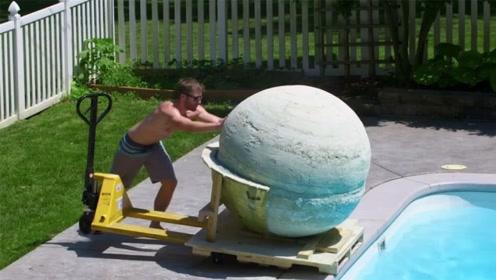 """老外制作世界最大""""深水炸弹"""",推下水的那一刻,简直太惊艳了!"""