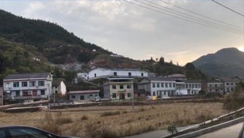 记者重回现场:浏阳烟花厂爆炸现场一片狼藉,百米外民居严重受损